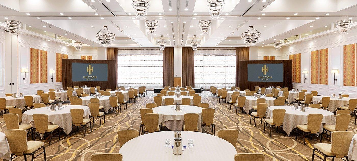 Vista Ballroom banquet setup